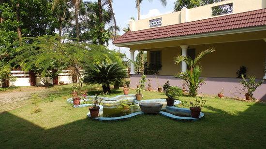 Pattarumadom Ayurveda: Front View of Pattarumadom