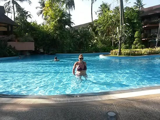 Patong Merlin Hotel : 1 of 4 pools to choose from