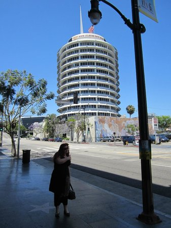 The Redbury Hollywood : Right accross the road form Capitol Records