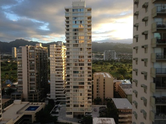 Vive Hotel Waikiki : View from 19th floor