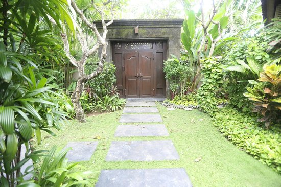 Kamuela Villas and Suite Sanur: Kamuela Sanur - Bali, Indonesia - The Travel Glow - door to private villa