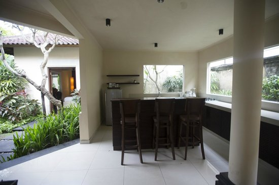 Kamuela Villas and Suite Sanur: Kamuela Sanur - Bali, Indonesia - The Travel Glow - outdoor kitchen