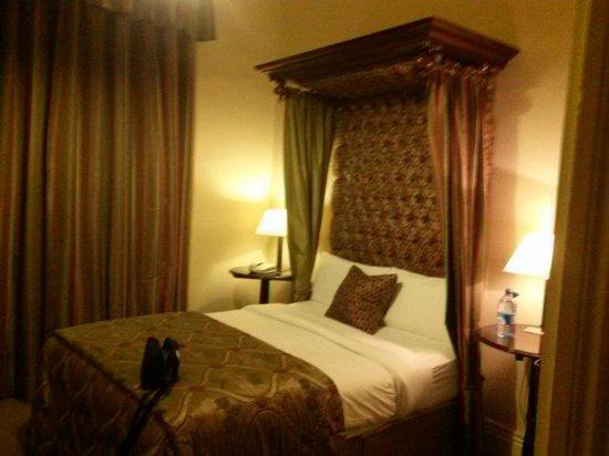 Ariel House : Room