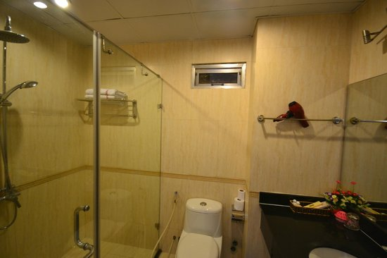 Hanoi Eclipse Hotel: Bathroom