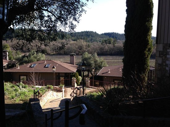 The Wine Country Inn: View from path to room