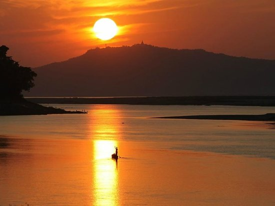 Ayeyarwady River: Закат на Иравади
