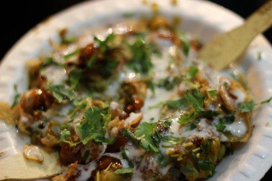 Kolkata Food Walk: Yum