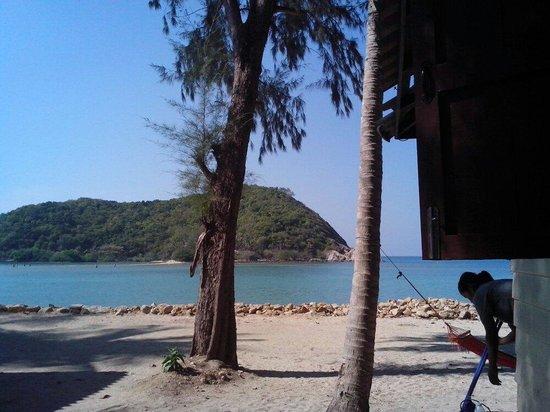 Mae Haad Beach View Resort : Getting close
