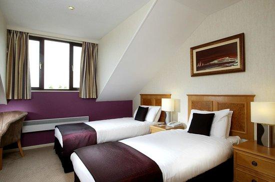 Hotel Kwality : Twin room