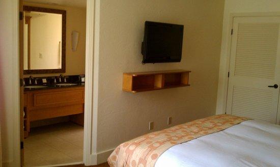 Hilton Scottsdale Resort & Villas: Master Bedroom