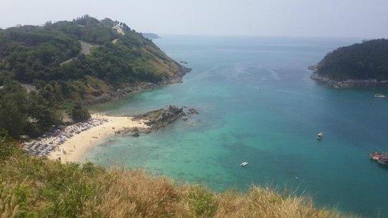 Nai Harn Beach: Viewpoint looking down on the beach