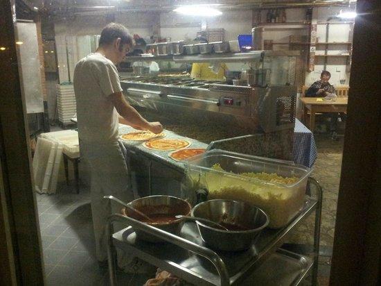 I Due Forni: kitchen