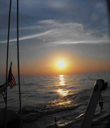 Picante Sailing Catamaran : sunset