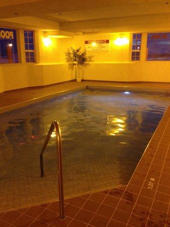 Western Budget Motel Grande Prairie # 2 : Pool