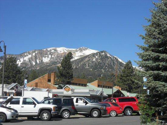 Sierra Lodge: Alrededores del hotel
