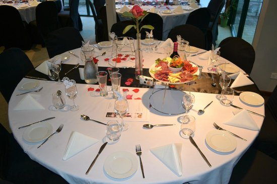 Wedding Round Table Set up - Picture of Sadie\'s at the Gloucester ...