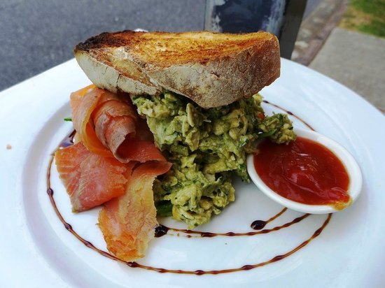 The Little Larder: Kale and pesto eggs with smoked salmon