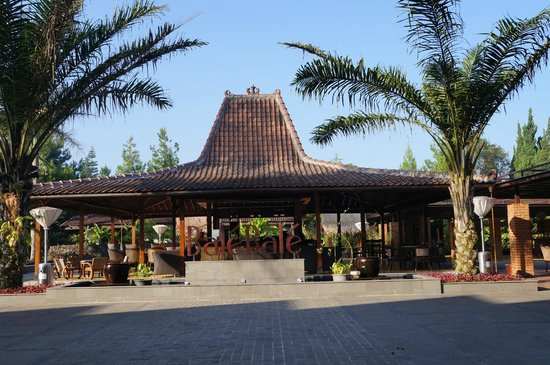 Puteri Gunung Hotel: the bar