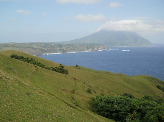 Racuh a payaman fondly called Marlboro hills Batanes