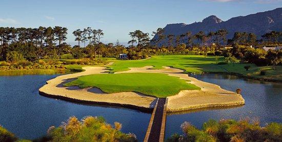 Steenberg Golf Club: The 7th hole
