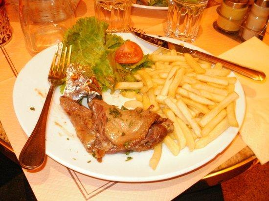 Le Depart Saint-Michel: Had better duck confit elsewhere