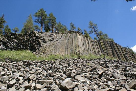 Devils Postpile National Monument: Basaltcliff 5