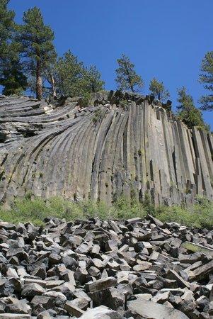 Devils Postpile National Monument: Basalt Cliff 3