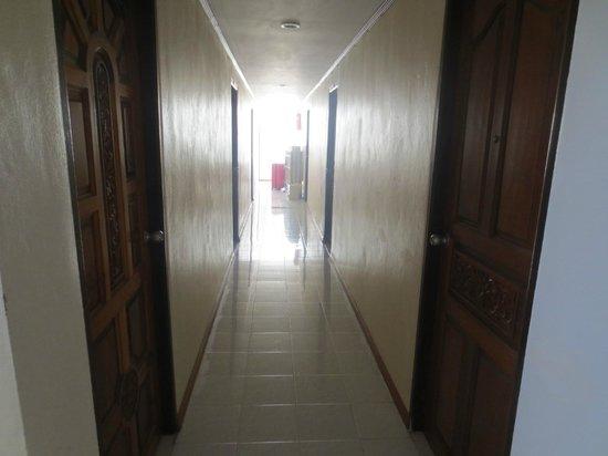 Natacha Hotel: corridoio hotel
