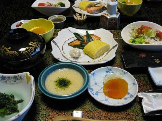 Ryotei Takano : 朝食