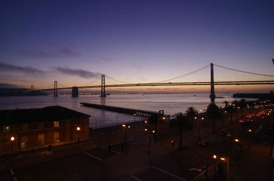 Hotel Vitale, a Joie de Vivre hotel: Bay bridge at sunset