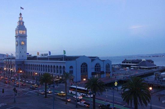 Hotel Vitale, a Joie de Vivre hotel : Ferry Building markets