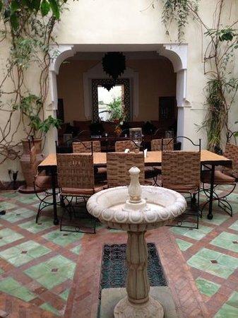 Riad El Youssoufi : Courtyard