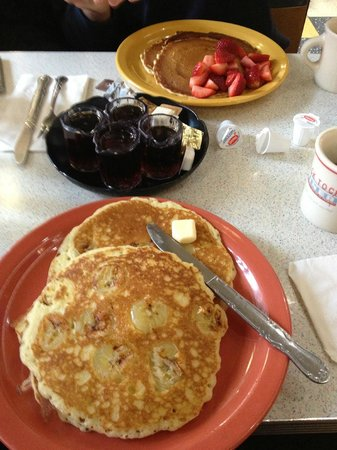 Tick Tock Diner: Banana pancakes and strawberry pancakes - very filling