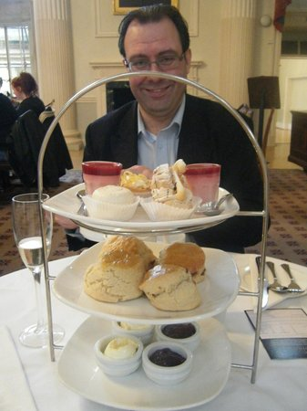 The Pump Room Restaurant : Scone and cake platter.