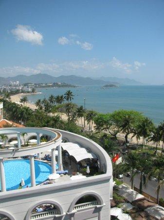 Sunrise Nha Trang Beach Hotel & Spa: View from Annex building
