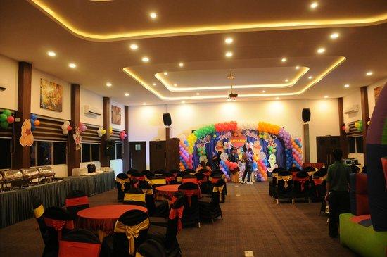 Octave Hotel & Spa, Sarjapur Road: Al Fresco Hall on 5th Floor