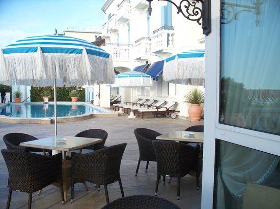 Hotel Casa Bianca al Mare: Casa Bianca al Mare - piscina