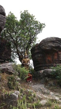 Bokor National Park: Wat Sampove Pram