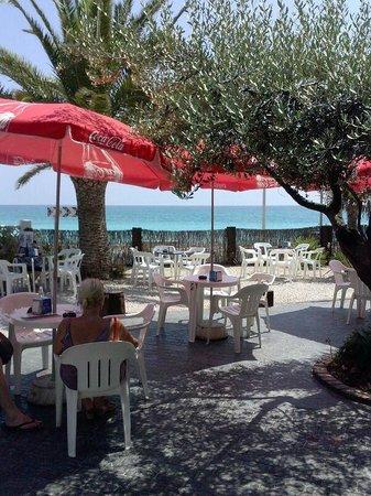 Bar Mar Chica: Terraza