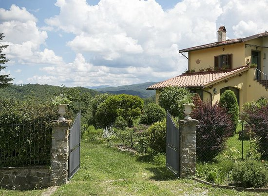 Porcigliano Bed and Breakfast: welcome to our home