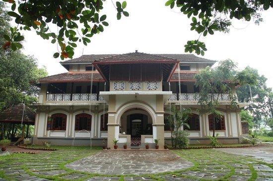 Cherpu, India: Niramayam