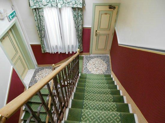 Centauro Hotel: Staircase