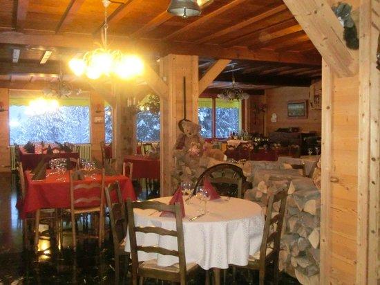 Hotel de la Couronne : salle de restaurant