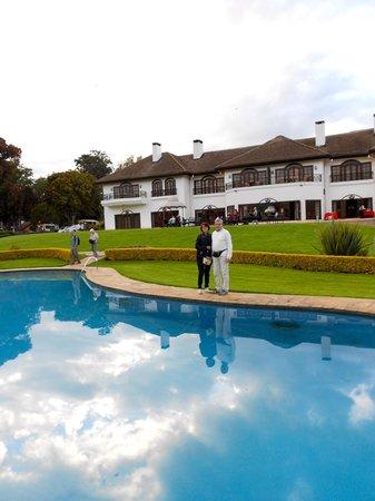 Fairmont Mount Kenya Safari Club: piscina