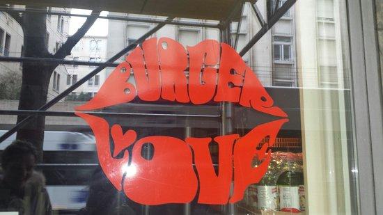 Holy Cow! Gourmet Burger Company- Cheneau De Bourg : Burger ♡