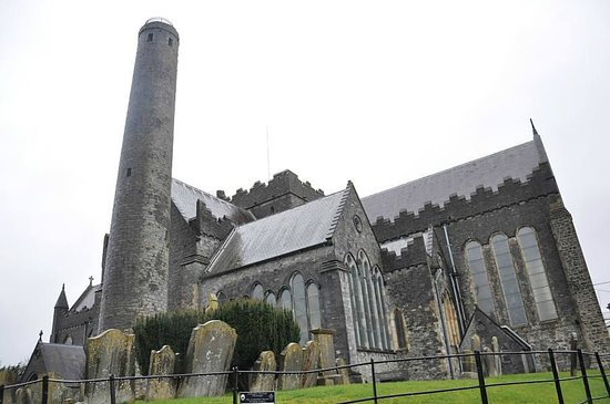 St. Canice's Cathedral & Round Tower : 聖カニス教会