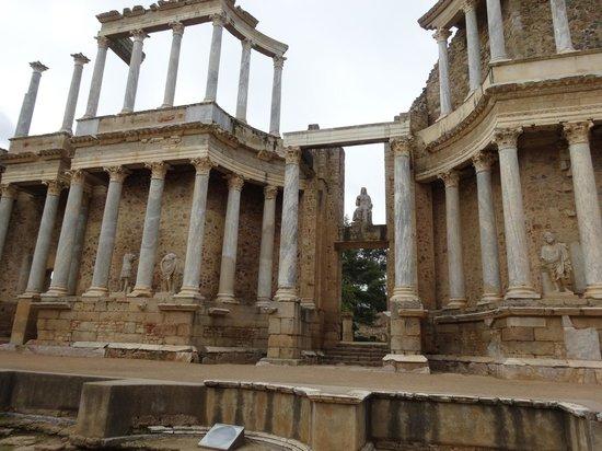 Anfiteatro Romano de Merida: La magnitud de las edificaciones romanas.