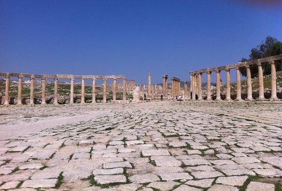 Ruinas de Jerash: Piazza