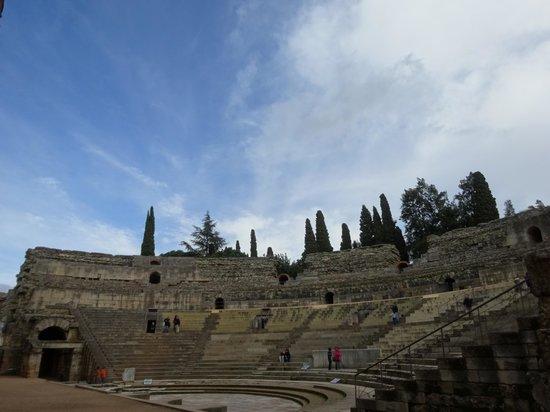 Anfiteatro Romano de Merida: Vista del día.
