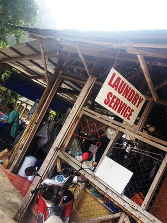Adam Bungalow: Laundry service